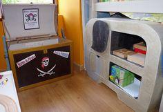 coffre à jouets pirates et bibliothèque éléphant en carton