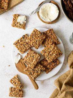 Gingerbread Cookies, Crackers, Cereal, Veggies, Food And Drink, Appetizers, Snacks, Baking, Breakfast