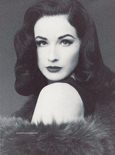 Dita Von Teese.