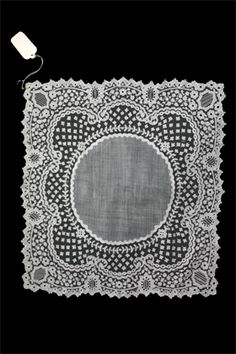 Exceptional applique lace handkerchief, beautiful design and work.