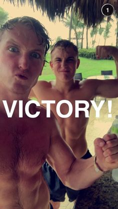 Look at Jakes muscles 😱😱 Logan Jake Paul, Victorious, Muscles, Brother, Hot, Movies, Movie Posters, Films, Film Poster