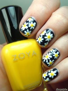 Best Daisy Nails & Floral Nail Art - Reny styles