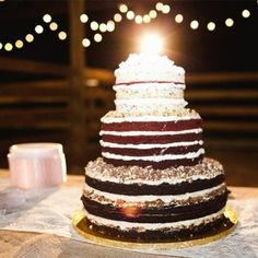A sweet Santa Fe River Ranch wedding with photography by Ben Sasso. Wedding Cake Cookies, Wedding Cake Decorations, Wedding Cake Designs, Wedding Ideas, Wedding Inspiration, Yummy Treats, Sweet Treats, Metallic Wedding Cakes, Wedding Cake Photos