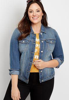 Plus Size Jeans, Plus Size Chic, Plus Size T Shirts, Plus Size Tops, Jean Jacket Outfits, Denim Outfits, Mom Outfits, Fall Outfits, Light Jean Jacket