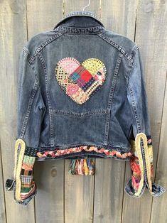 Embellished denim jean jacket Cherries and Hearts Boho Jean Hippie, Hippie Jeans, Denim Crafts, Upcycled Crafts, Mundo Hippie, Thrift Store Outfits, Jeans Denim, Diy Jeans, Recycle Jeans