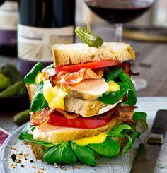 CLUB SANDWICH Sandwiches, Club, Chicken, Ethnic Recipes, Food, Essen, Meals, Paninis, Yemek