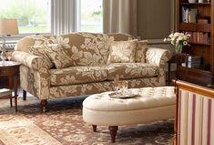 Hinton sofa in Nina Campbell Arbour, coffee-cream