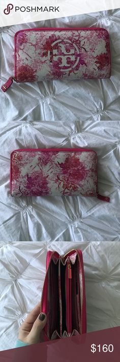 Tory Burch continental wallet Tory Burch pink and flowered continental wallet Tory Burch Bags Wallets
