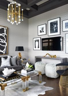 Glamorous Chic and Sophisticated Interiors - Best My Living Room deas Lounge Design, Lounge Decor, Beach Design, Glam Living Room, Home And Living, Gold Living Rooms, Luxury Living Rooms, Modern Living Room Decor, Luxury Home Decor