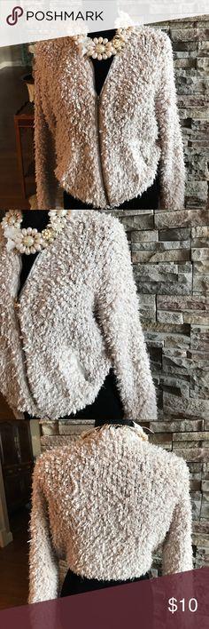 Abercrombie & Fitch sweater Abercrombie & Fitch sweater, zip front, suzo1 Abercrombie & Fitch Sweaters Cardigans