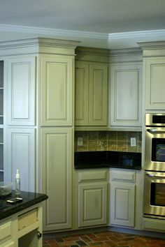 this site has the most before and after kitchen paint facelifts that I have seen