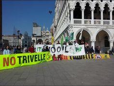 Sit-in in Piazza San Marco contro le trivellazioni in Adriatico