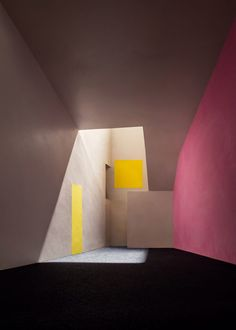 The emotional architecture of Luis Barragan recreated in photographs of James Casebere Zaha Hadid Architects, James Casebere, Home Interior Design, Interior And Exterior, Interior Sketch, Contemporary Interior, Interior Paint, Interior Decorating, Architecture Design