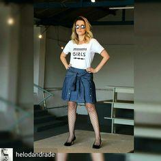#Lookdodia Tshirt Madame Pimenta #Girls and #Saia Amarração #Camisa Denim da #MelonMelon #ootd, #trend meia arrastão