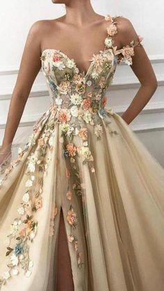 Pretty Prom Dresses, Prom Party Dresses, Quinceanera Dresses, Elegant Dresses, Cute Dresses, Princess Prom Dresses, Fitted Dresses, Unique Prom Dresses, Graduation Dresses