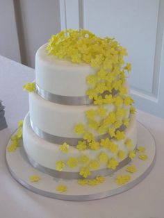 White Gray Yellow Gumpaste Flowers Fondant Wedding Cake