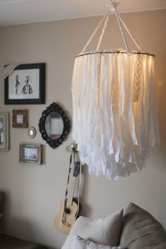 18 Dazzling DIY Chandeliers to Brighten Your Home Cloth chandelier – DIY is going to make this for our bedroom. Decoration for Succot, Party, Birthday … Children's Room or Bedroom: Boho Diy, Boho Decor, My New Room, My Room, Diy Deco Rangement, Fabric Chandelier, Chandelier Ideas, Make A Chandelier, Lace Lampshade