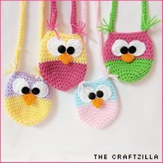 Toddler Crochet Owl Purses Free Pattern by The Craftzilla. Feel free to contact me via facebook with questions: https://www.facebook.com/thecraftzilla/