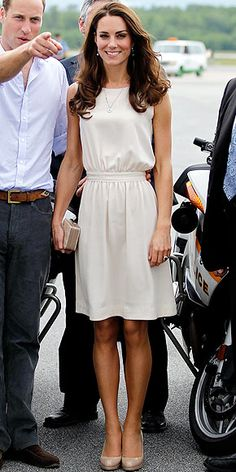 Kate Middleton look: simple and modest
