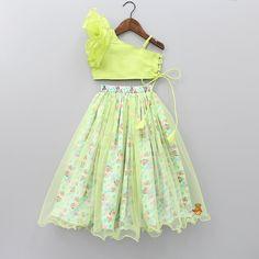 Green One Shoulder Top And Minnie Print Lehenga Girls Frock Design, Kids Frocks Design, Baby Frocks Designs, Baby Dress Design, Indian Dresses For Kids, Kids Outfits Girls, Little Girl Dresses, Kids Indian Wear, Kids Dress Wear