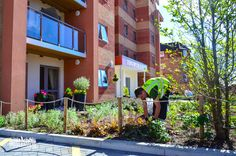 We work with the key retirement property developers and property managers to provide extensive commercial horticultural and landscaping services throughout London and surrounding areas. http://www.grassbarbers.co.uk/services/commercial-and-corporate/