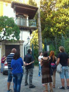 "Balcón de Rosina. Descubriendo ""Los Secretos de Santa Cruz"" sevillamiatours.com"