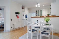 Spring Decor for Modern Apartment