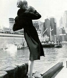 Photo by Louise Dahl-Wolfe, Harper's Bazaar, 1946