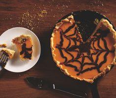 Halloween chocolate pumpkin pie
