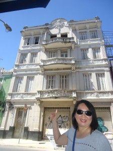 Ainda na Rua Major Diogo, fica o belíssimo edifício que abrigou o Teatro Brasileiro de Comédia, o TBC. Inaugurado em 1948, por seu palco passaram grandes nomes da dramaturgia brasileira, como Paulo Autran, Cacilda Becker, Walmor Chagas, Tonia Carreto, Gianfrancesco Guarnieri e Sergio Cardoso.