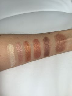 Makeup Revolution Shimmer Brick in Rose Gold swatches