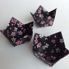 Forminhas para doces em origami sakura
