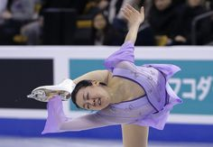 Mao Asada, of Japan, competes during the free skate in the World Figure Skating Championships, Saturday, April 2, 2016, in Boston. (AP Photo/Steven Senne) (2100×1453)
