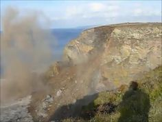 Mountainside cliff crashes into water | Watch the video - Yahoo! Screen