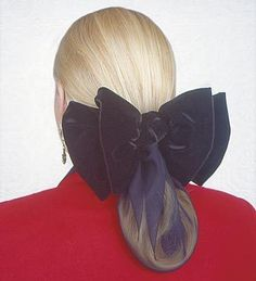 Described as a velvet snood...eeeek! This is in NO WAY something a lady of the 1860's would have worn. Hideous! More like a mash-up of the 1940's & 1990's.