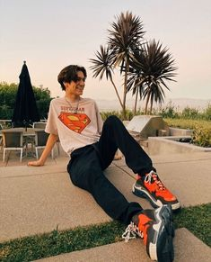 I quite like this marvelous photo Aesthetic People, Aesthetic Boy, Cute White Boys, Pretty Boys, Skater Boys, Celebs, Celebrities, Cute Guys, Peter Pan
