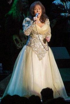 Loretta Lynn another of my all time country gals