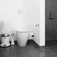 Die besten 25 badezimmer m lleimer ideen auf pinterest strand thema k che zus tzlicher - Badezimmer strand look ...