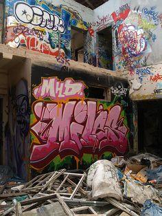 """dntty: """" Berlin Graffiti by 010fuss on Flickr. """" Berlin Graffiti, Graffiti Piece, Best Graffiti, Urban Graffiti, Street Art Graffiti, Graffiti Girl, Graffiti Alphabet Fonts, Graffiti Lettering Fonts, Graffiti Writing"""