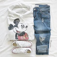 How to wear converse outfits sweatshirts 64 ideas Disney World Outfits, Cute Disney Outfits, Disney Themed Outfits, Disneyland Outfits, Cute Casual Outfits, Disney Clothes, Disney Clothing For Women, Disneyland Outfit Summer, Converse Outfits