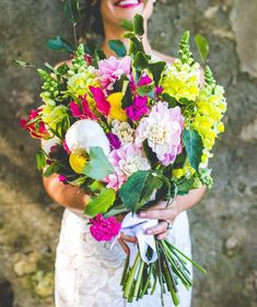 Shade Garden Flowers And Decor Ideas Vibrant Bouquet By Gypsy Flora Jess and Nick's Colorful Bush Bank Wedding Photography By The Evoke Company Creative Wedding Inspiration, Wedding Flower Inspiration, Wedding Ideas, Gardenias, Bride Bouquets, Flower Bouquet Wedding, Exotic Flowers, Beautiful Flowers, Beautiful Bouquets