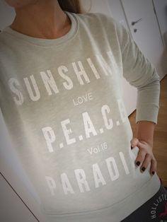Sunshine. Love. Peace. Paradise. Mint green sweater. Zalando #shareyourstyle