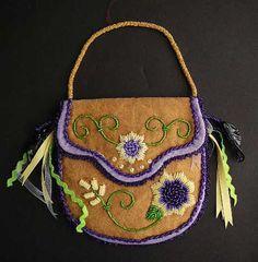 Beaded purse by Nilo Perkins Kanien'kehaka (Mohawk)
