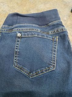 e823a9645b662 Liz Lange stretch maternity jeans size 8 inseam 29 #fashion #clothing  #shoes #