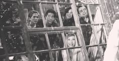 Christmas mine friends F.R.I.E.N.D.S Phoebe Buffay Joey Tribbiani tv: friends 2 rachel green ross geller Monica Geller friends christmas