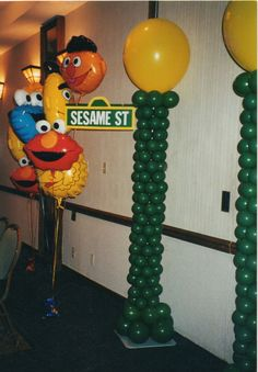 Sesame street balloon decorations by makinmemories4u.com