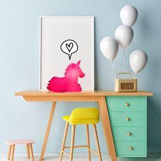 Nossa área de DECOR está cheinha de fofurices para decorar os quartinhos dos pequenos. Essa é a Luminária Unicórnio Pink, é sucesso garantido!