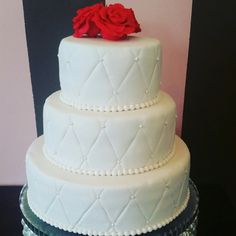 Simple wedding cake ☺