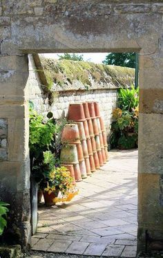 walled garden w/ stacked pots Garden Spaces, Garden Pots, Garden Sheds, Dream Garden, Home And Garden, Landscape Design, Garden Design, Stacked Pots, Windows