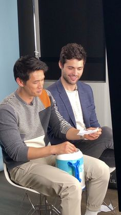 Season 3B interview Shadowhunters Season 3, Magnus And Alec, Matthew Daddario, Alec Lightwood, Clace, Shadow Hunters, Cassandra Clare, The Mortal Instruments, Best Couple